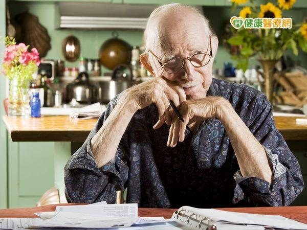 老年化社會來臨失智老人問題層出不窮...
