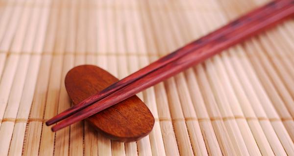 你家用的筷子是下面這5種嗎?如果是「那種」,拜託趕快扔掉!做...