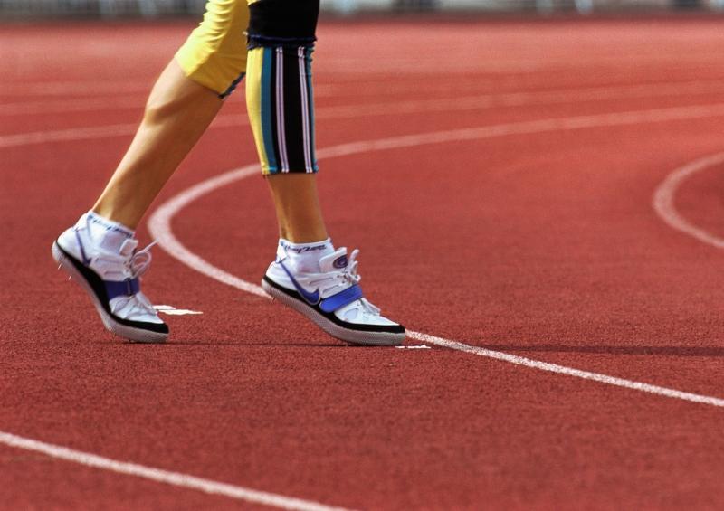 扭傷腳踝一動就痛,怎麼恢復腳力...