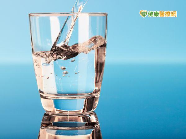 颱風襲台自來水汙濁這樣喝水才衛生安全...