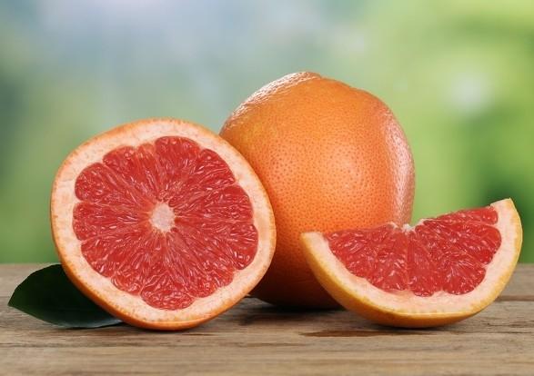降壓藥+葡萄柚葡萄柚的成分,會干擾小腸中幫助代謝藥物的酵素!...