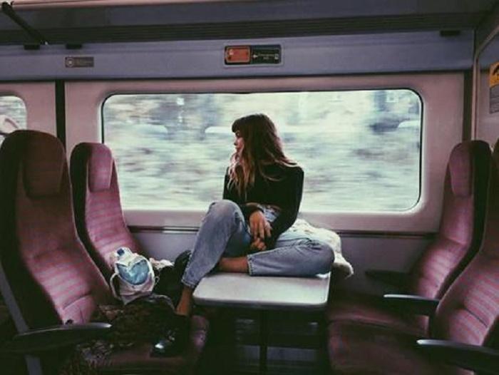 就算只坐一站也OK◎在電車上就可以輕鬆做到的局部瘦身♪|4m...