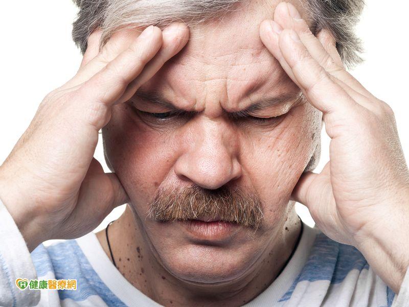 注意!頭痛6大警訊恐危及生命...