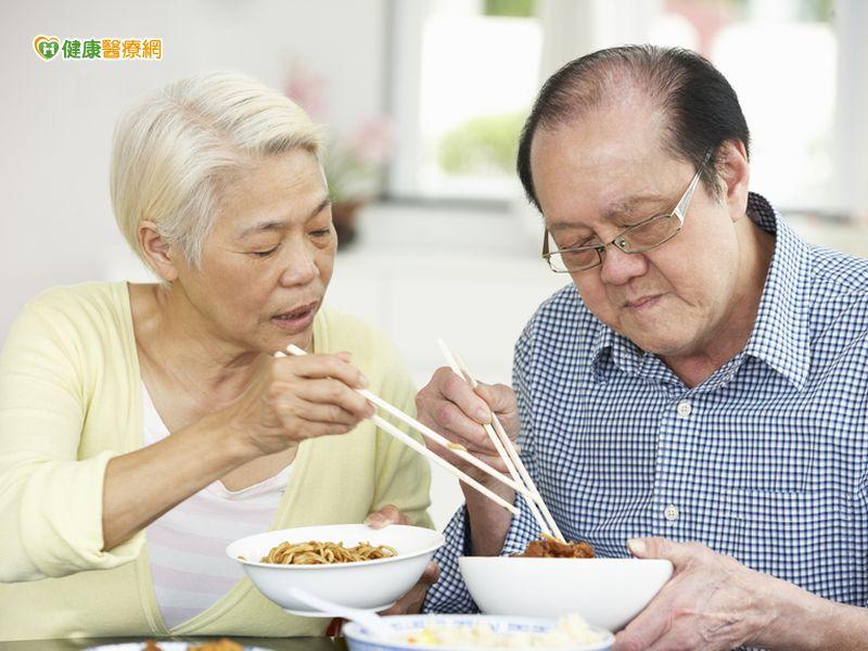 長輩食物弄成流質小心熱量不夠...
