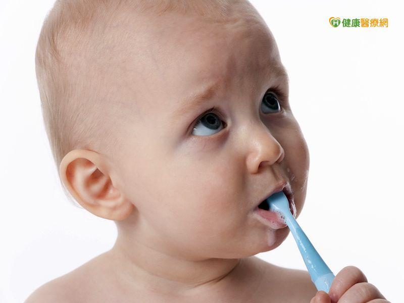 有牙就要用牙膏氟濃度達千才有效...