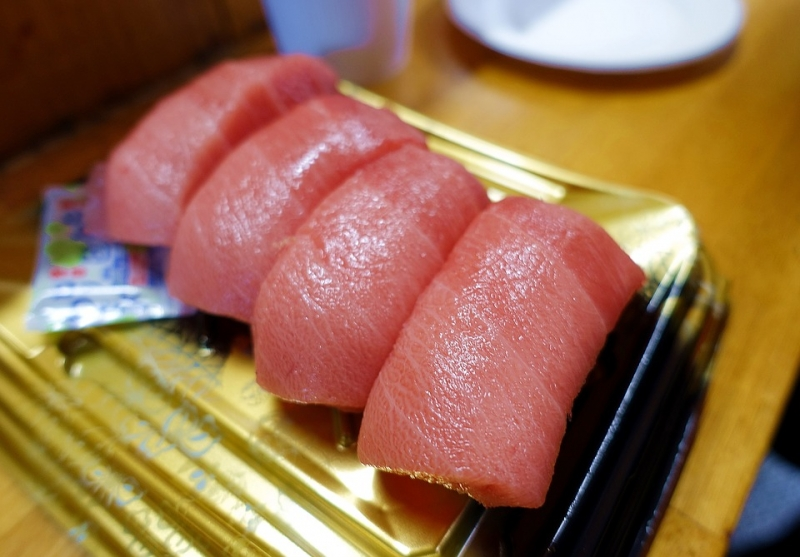 多吃魚可以預防「骨質疏鬆症」!如何預防,不外乎是這2點......