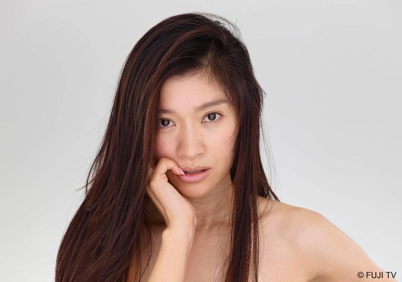 篠原涼子看不出來已經43歲了!她分享熟齡保養妙招,透過「這些...