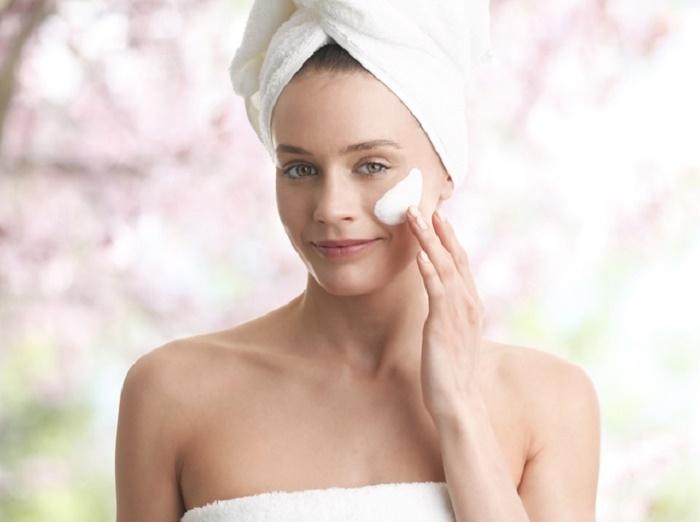 千萬不能偷懶每天的護膚很重要☆讓肌膚看上去髒髒的「草莓鼻」形...