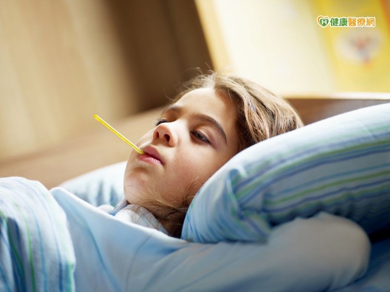 幼兒誤吞磁鐵嚴重恐引發腹膜炎、敗血症...
