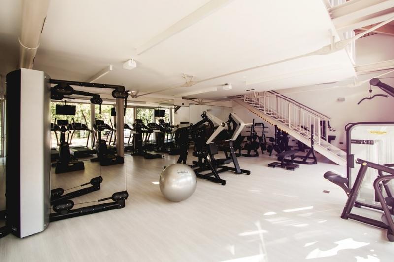 砸錢花時間上健身房效果遠不如...?!全世界最簡單健身器材非...