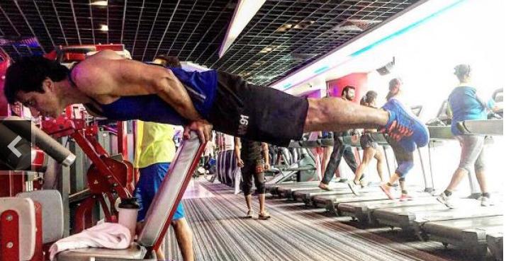 誘人體態人人要,印度男星為了健身竟然天天這樣做!消息一傳出來...