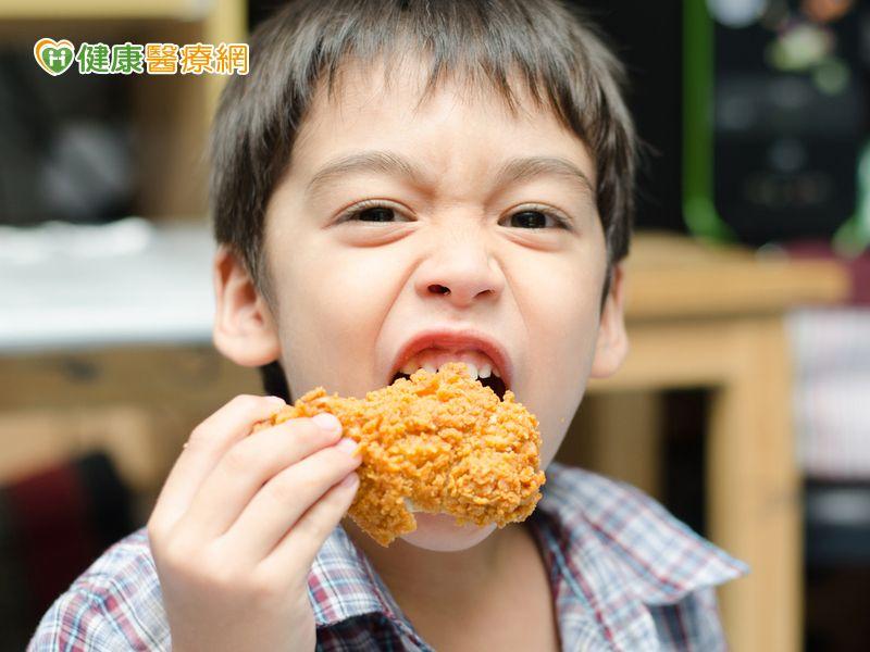 吃太鹹健康亮紅燈還會影響兒童智力發展...