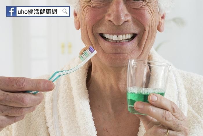 用「油」漱口可以改善牙周病?!小心反而得重度牙周炎......