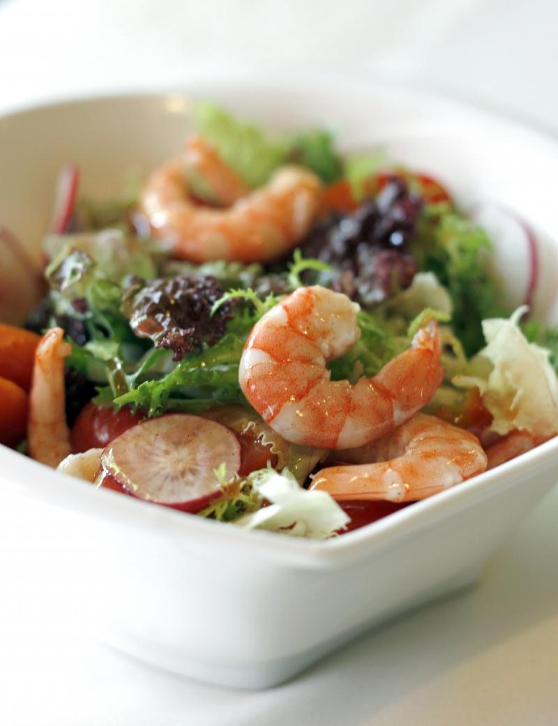 便利商店的沙拉真的健康嗎?日本名醫告訴你:想要健康吃,先從改...