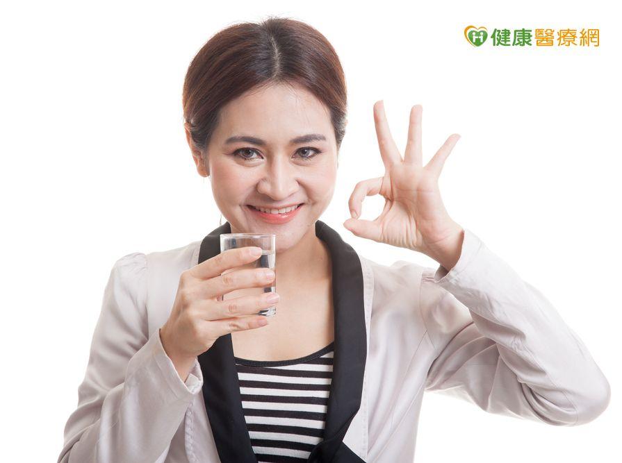 PM2.5濃度飆高醫:多喝水排毒...