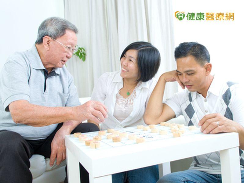 快樂玩桌遊有助老人遠離憂鬱...