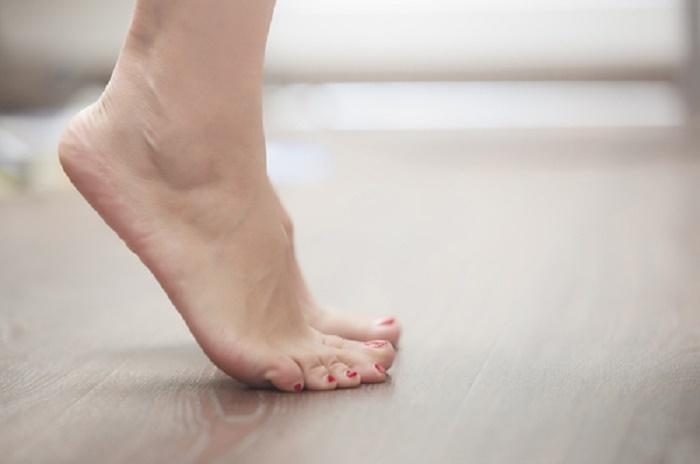 改善腿部冰涼&水腫♪每天只要花「1分鐘」就能輕鬆做到的【美腿...