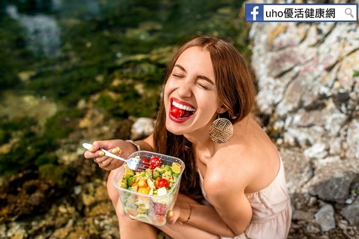 讓腸胃休息一下!每人每週都吃一天素,可降14%碳排放量......