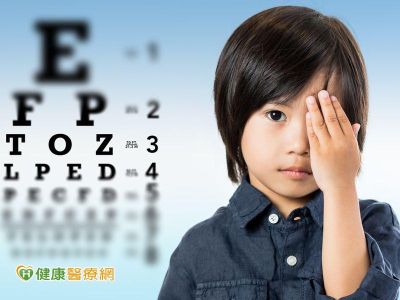 眼瞼下垂非老人專利孩童須及早矯正防弱視...