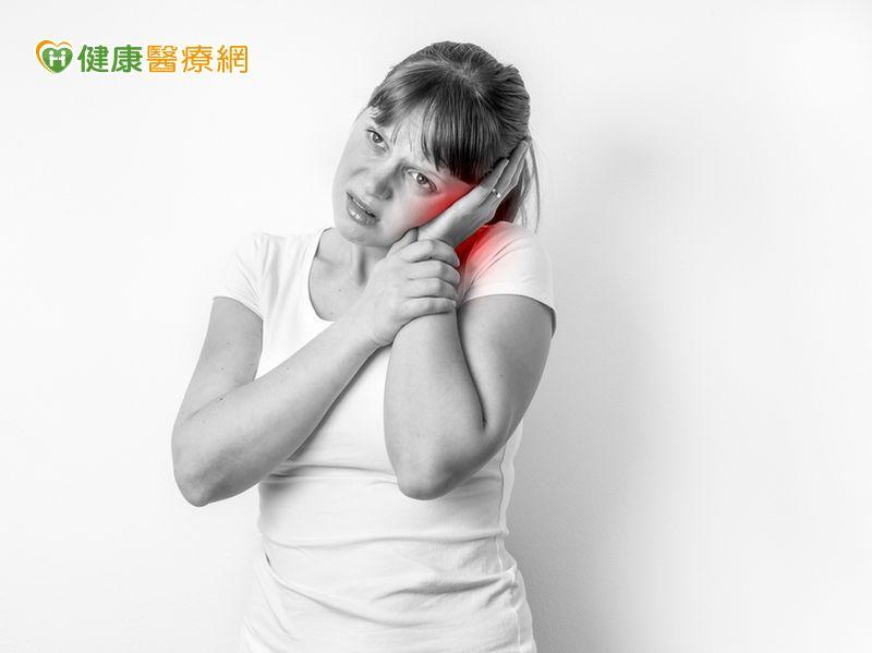耳朵血腫怎麼辦?醫:自行吸擠當心更惡化...