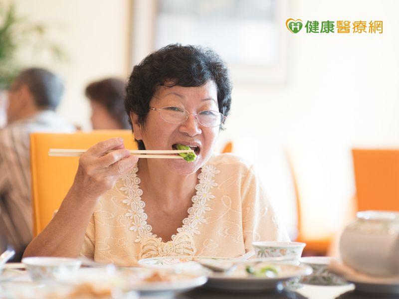 進食順序:菜→肉→飯更容易控制血糖...