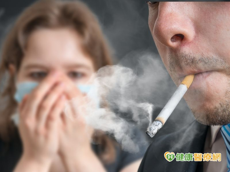 吸菸少活15年二手菸毒性最高...