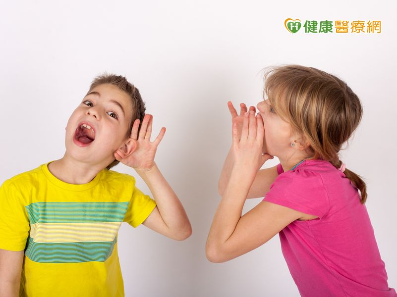 用嘴呼吸半年、成績直直落聽力障礙害的!...
