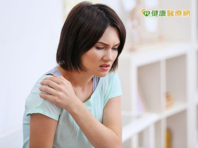 肩膀疼痛不等於五十肩治療方式大不同...