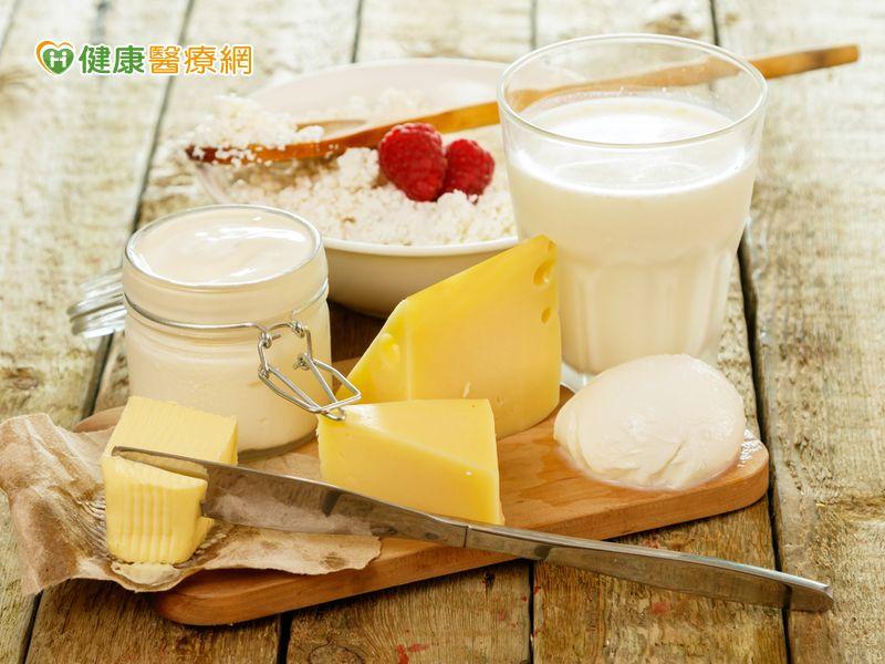 吃優格、乳製品降乳癌風險但吃起司恐增風險?...