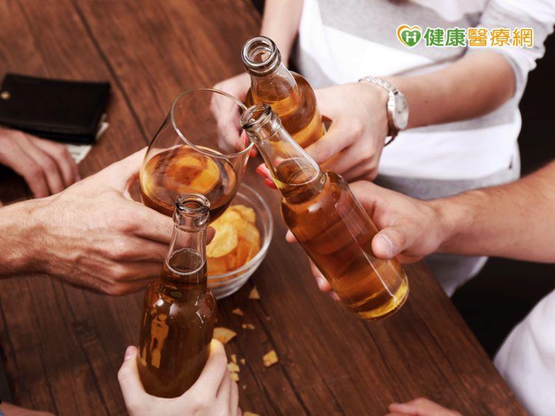 喝酒有多傷身?這些疾病、癌症都上榜...
