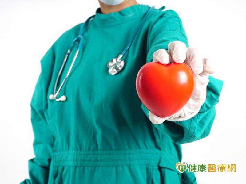 中年心(薪)苦族血管不通近5年急性心肌梗塞增加率超過阿公...