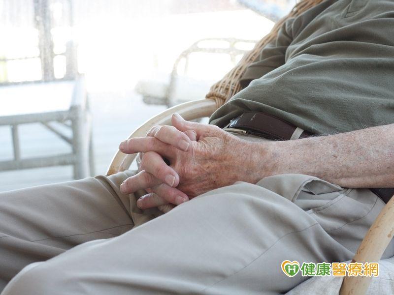 72歲老翁攝護腺癌骨轉移同位素療法助緩解...