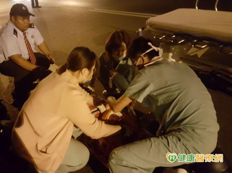 急診室3位護理師第一時間勇救車禍病人...