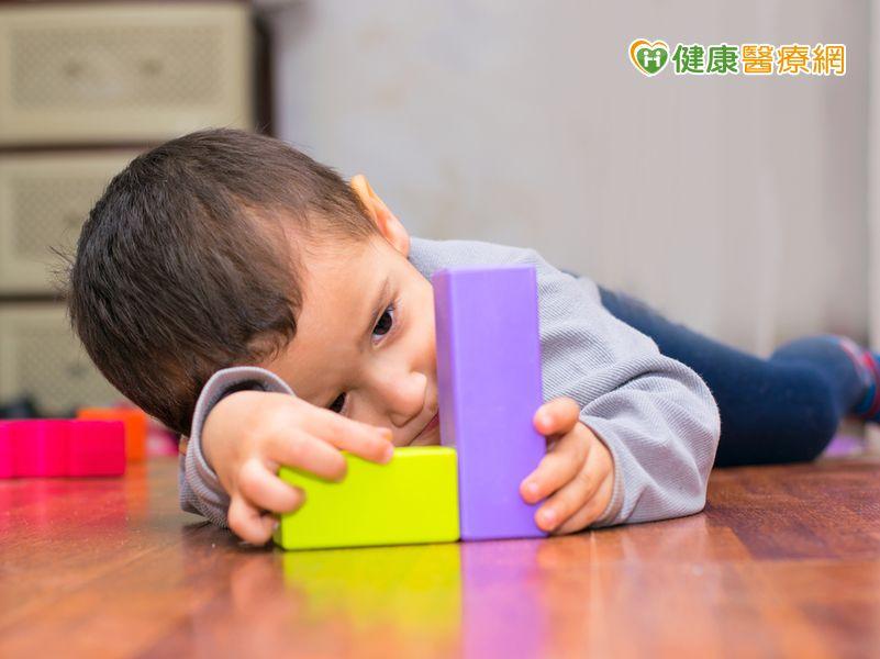 我的孩子是「自閉症」嗎?口語肢體表達比人差......