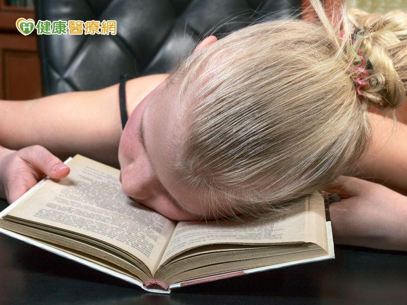 孩子老愛睏猝睡症恐是病因...