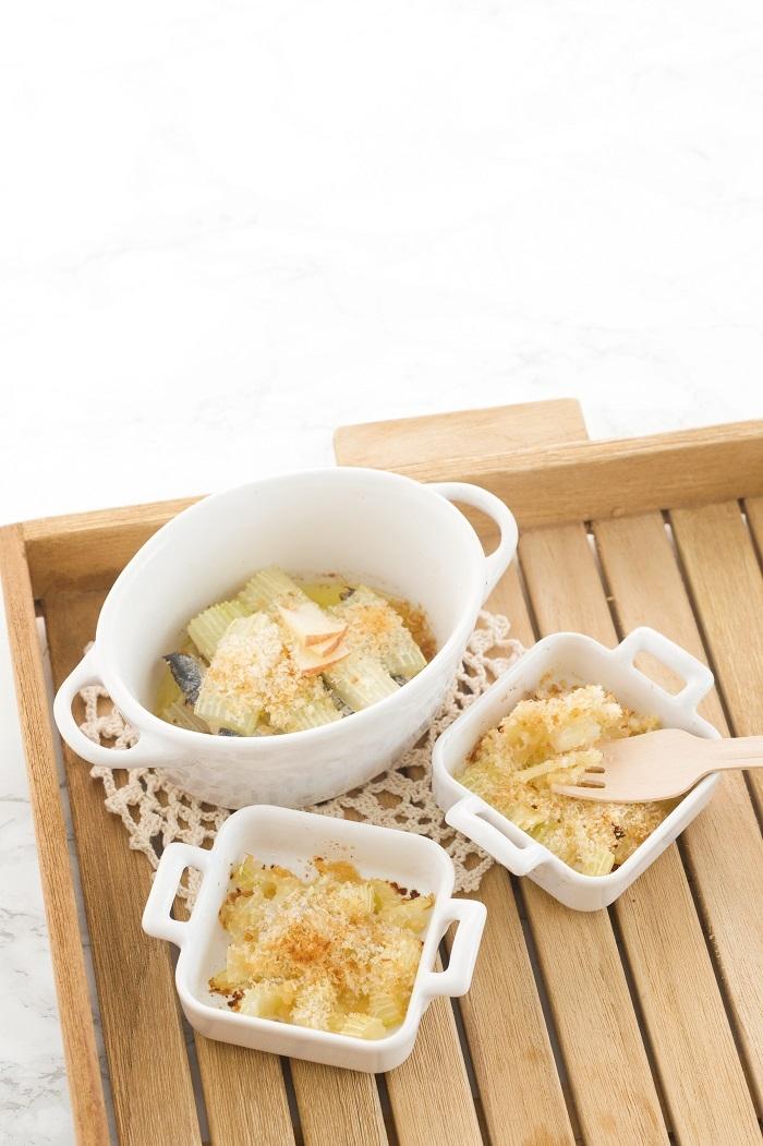 用「蔬菜」做出寶寶最愛的食物!4步驟完成《焗烤蘋果西洋芹》料...