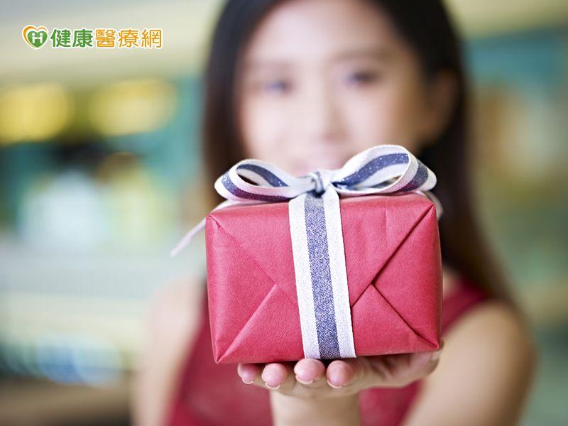 這樣送禮可以送到心坎裡…...