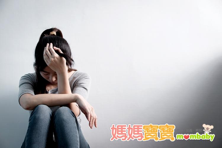 3大徵狀!小心產後憂鬱上身,如何治療?...