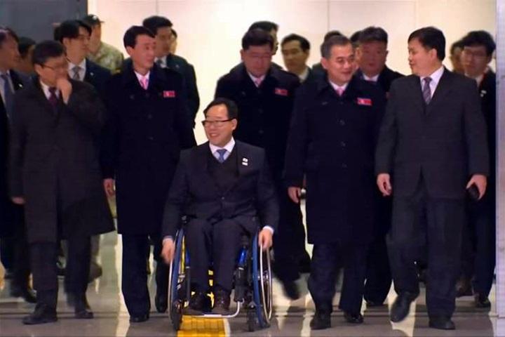 北朝鮮選手抵達南韓準備參加平昌帕奧...
