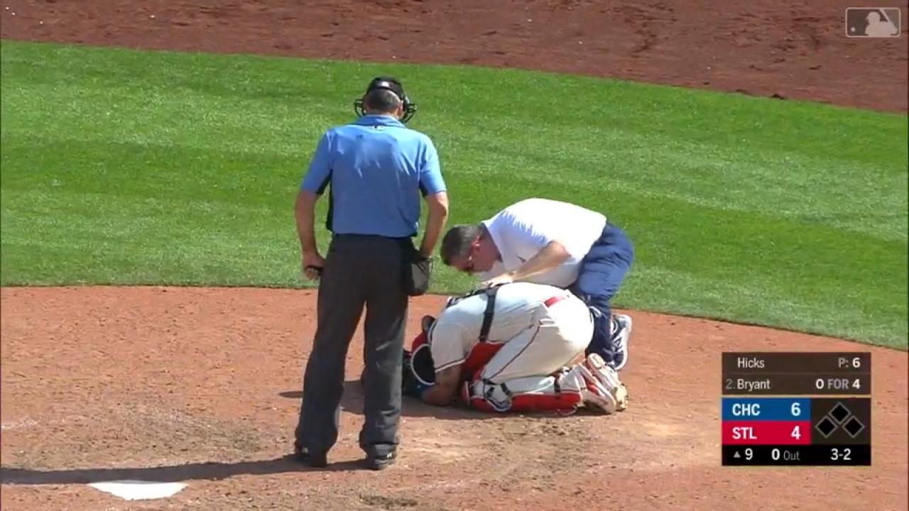 擦棒球猛擊跨下要害鐵捕莫里納立刻動手術...