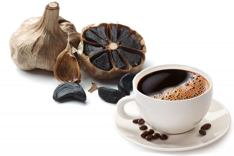 你一定要知道的保健好物黑蒜加黑咖啡...